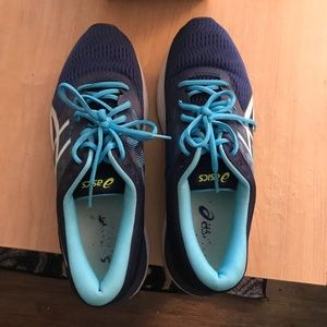 Barely used ASICS sneakers